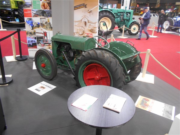 19067