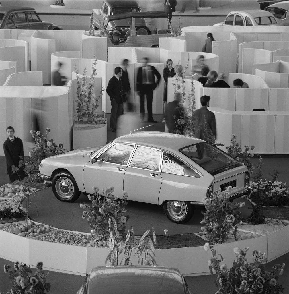 GS-in-Auto-Show-1008x1024.jpg